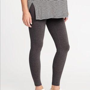 Maternity over the bump dark gray leggings.